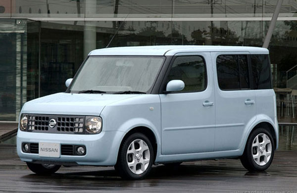 The-Nissan-Cube