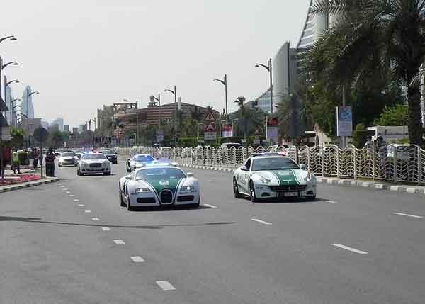 Dubai-Police-at-work